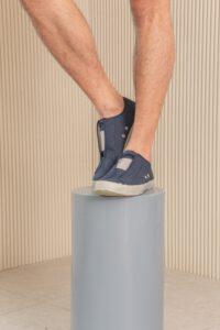 รองเท้าใส่ทำงานผู้ชาย สีน้ำเงิน รองเท้าผ้าใบสีกรม